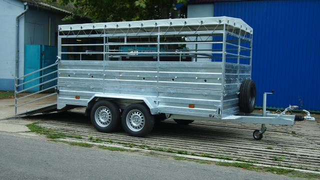 380x180 állatszállító